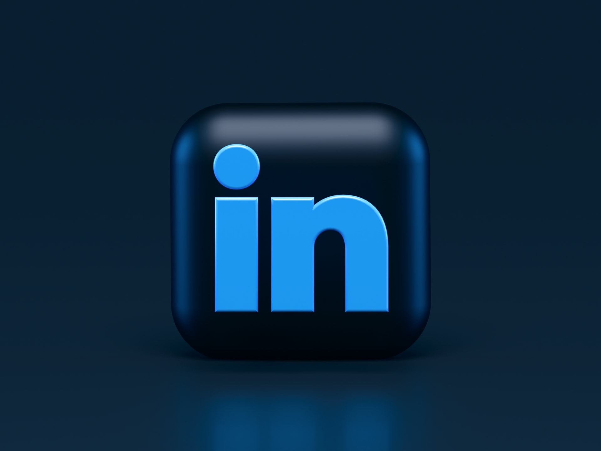 Create a professional image for your LinkedIn account by following a few basic dos and don'ts of professional headshots; the LinkedIn logo
