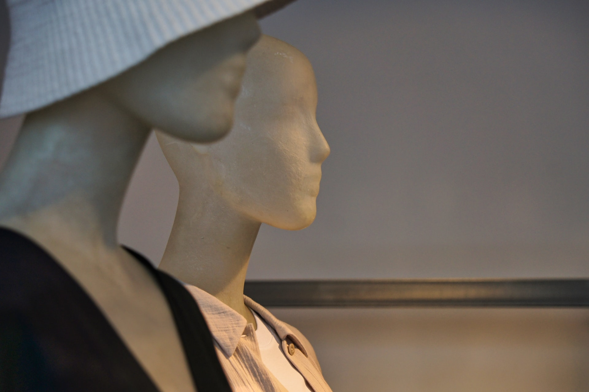 Ghost Mannequin Photography; close up of two mannequins placed next to each other